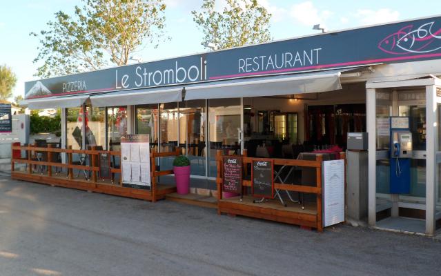 Restaurant pizzeria frontignan plage le stromboli for Exterieur restaurant