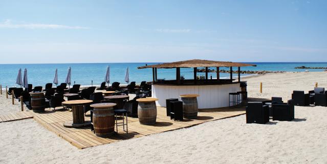 Restaurant-plage-prive-location-de-salle-le-Blue-frontignan-plage-1